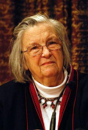 Elinor Ostrom and EconomicGovernance