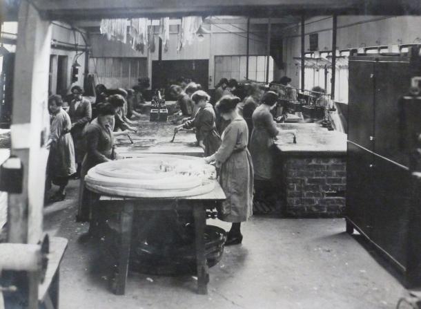Women working in a turbine factory