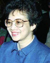 330px-Corazon_Aquino_1986